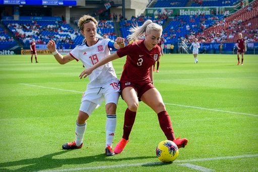 Alex Greenwood and Lucy Bronze