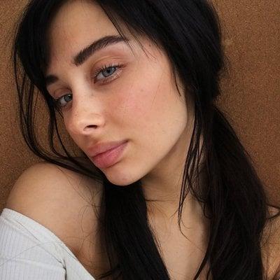 Gina Shkeda No Makeup