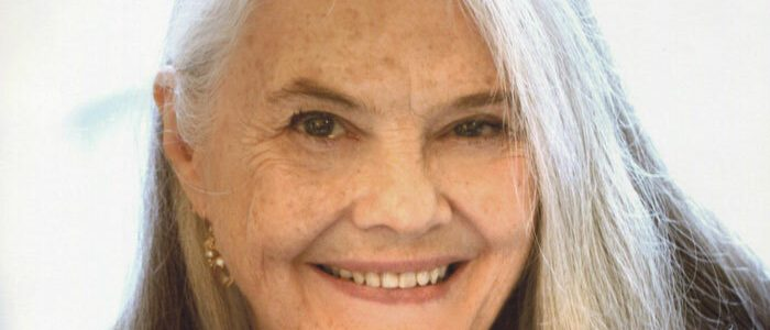 Lois-Smith-facts