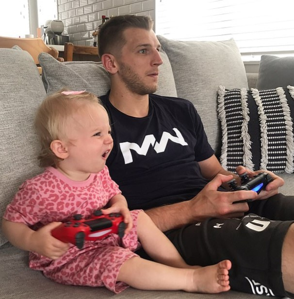 Dan Hooker and his daugther Zoey.
