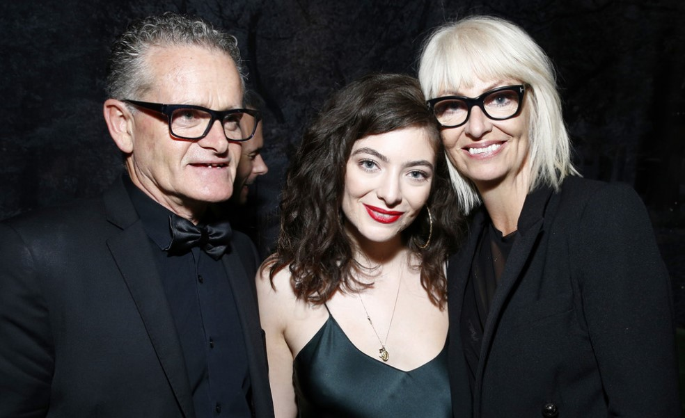 Lorde and her parents, Sonja Yelich, and Vic O'Connor.