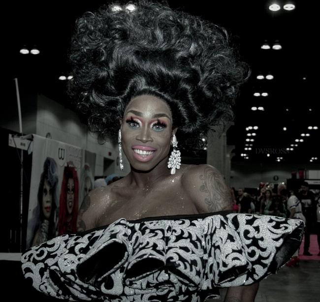 Monique-Heart-1