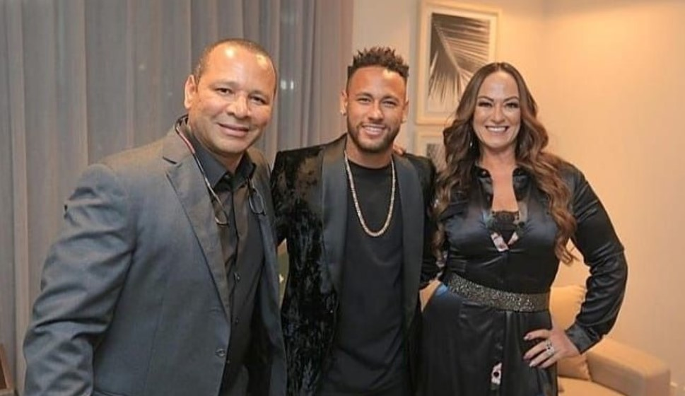 Neymar and his parents.