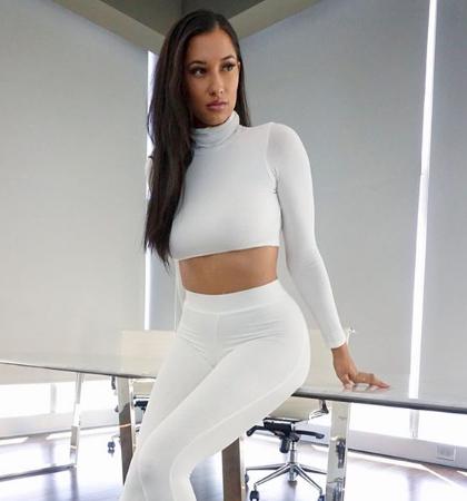 Nikki Blades