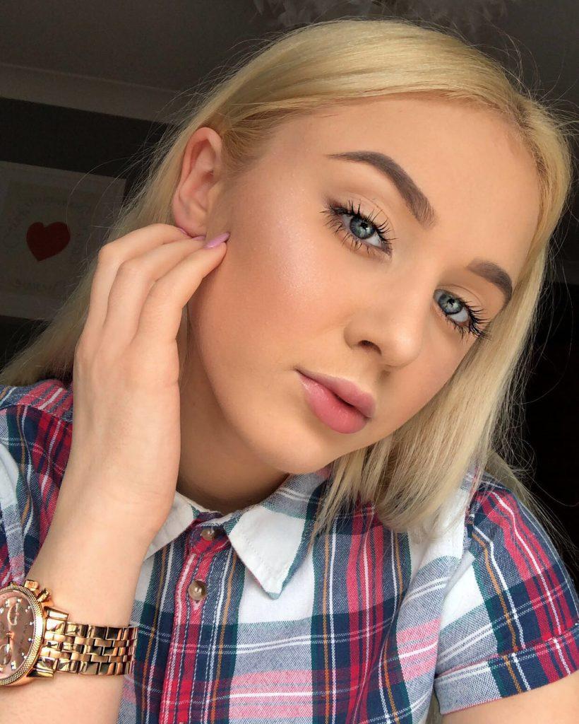 Angelika Oles - YouTube