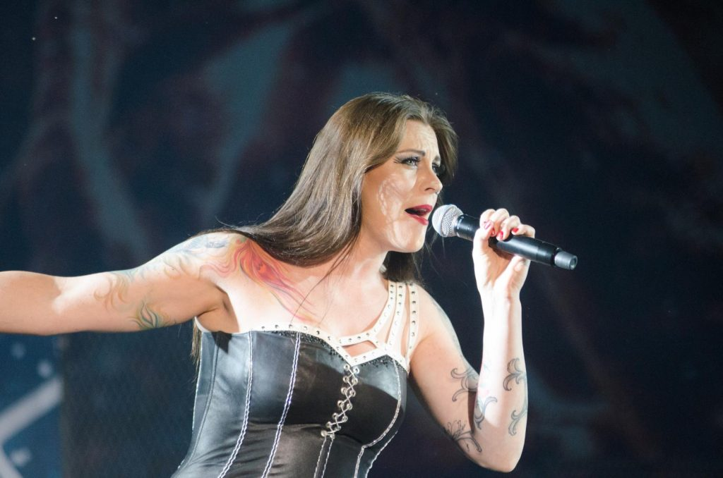 Floor Jansen Height, Weight & Body Measurements