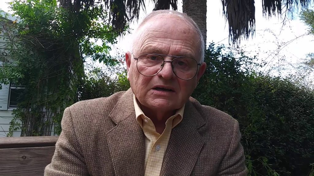 Gary Burghoff Height, Weight & Body Measurements