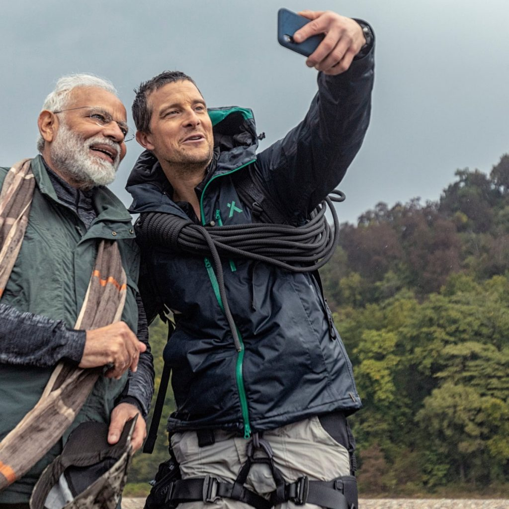 Bear Grylls Height Weight And Age Keeping Fit For Survival