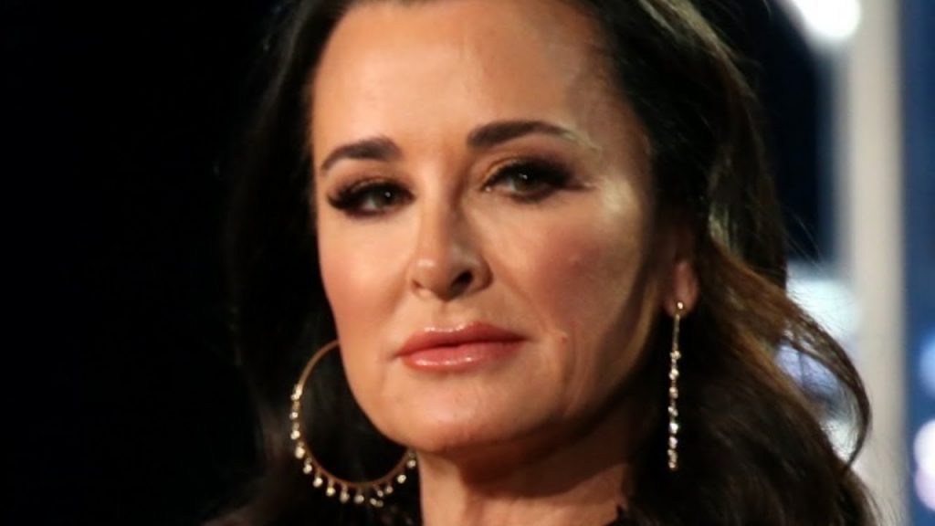 Kyle Richards Height, Weight & Body Measurements