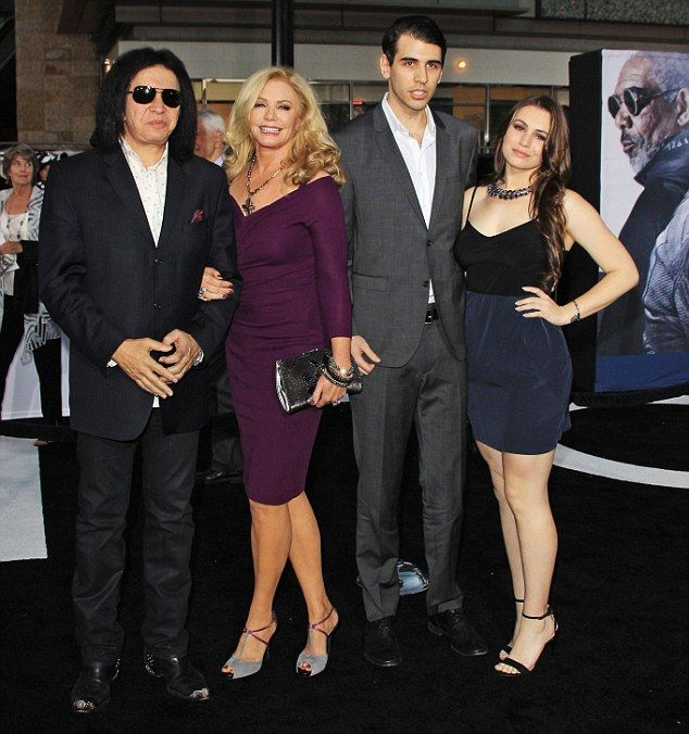 shannon tweed Family