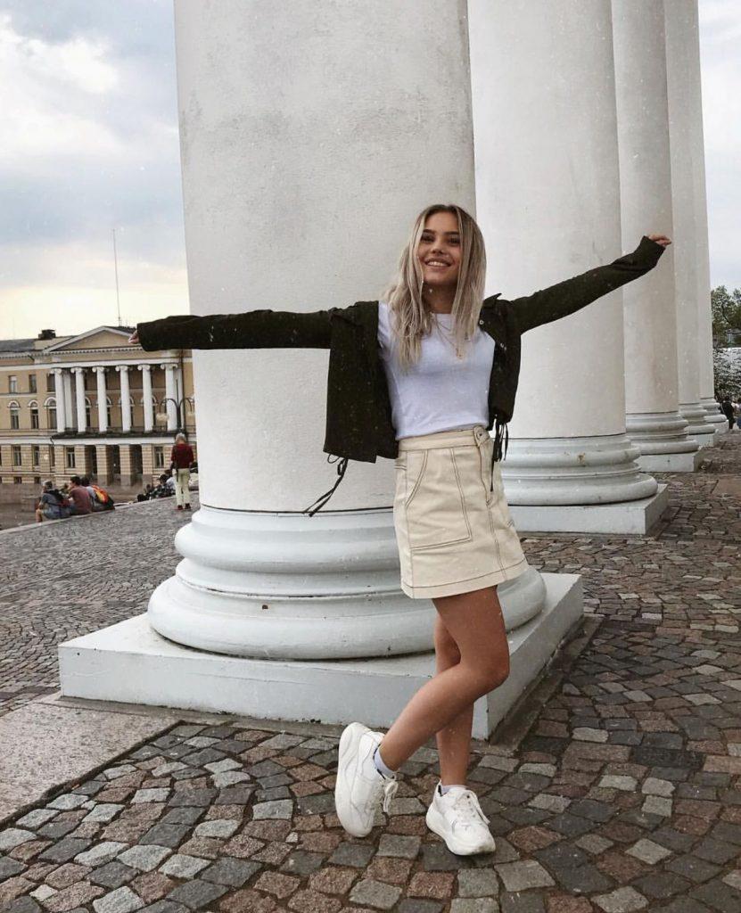 Amanda Edmundsson Height