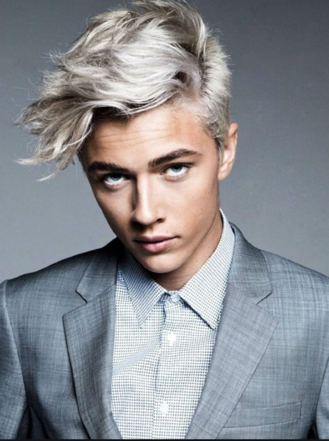 Lucky Blue Smith Height, Weight & Body Measurements