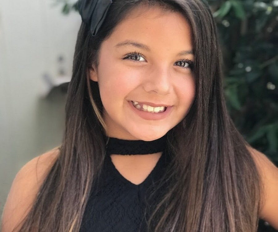 Olivia Olivarez Bio