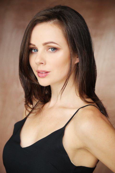 Brooke Williams Wiki