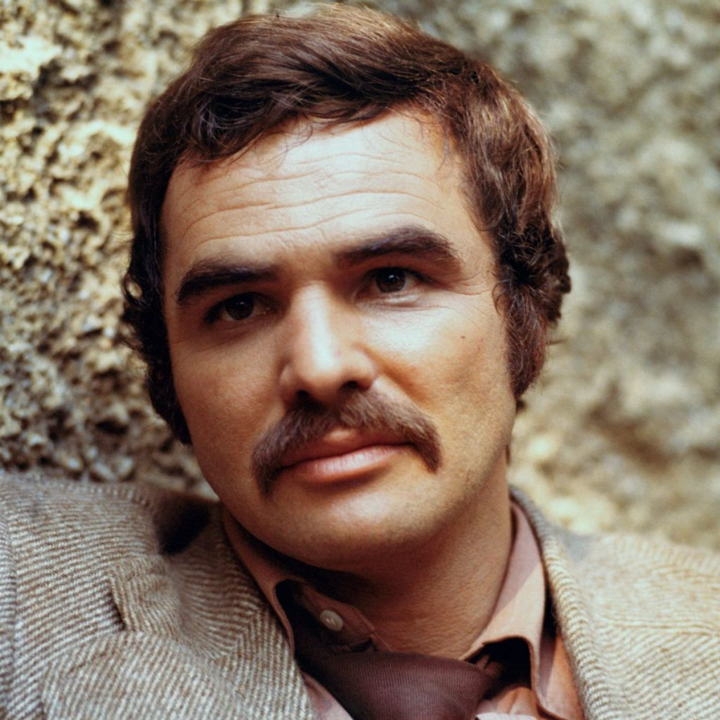 Burt Reynolds Height, Weight & Body Measurements