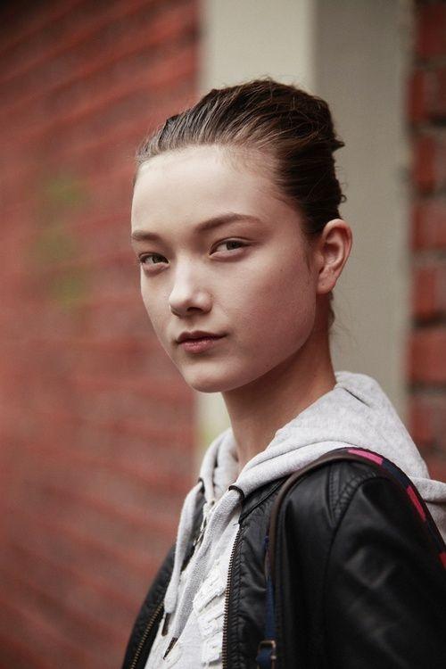 Yumi Lambert Bio