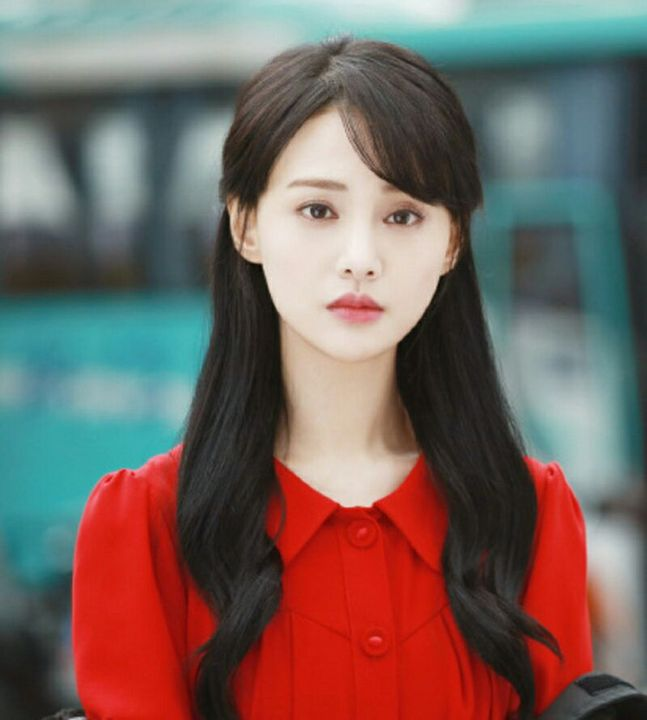Zheng Shuang Height, Weight & Body Measurements