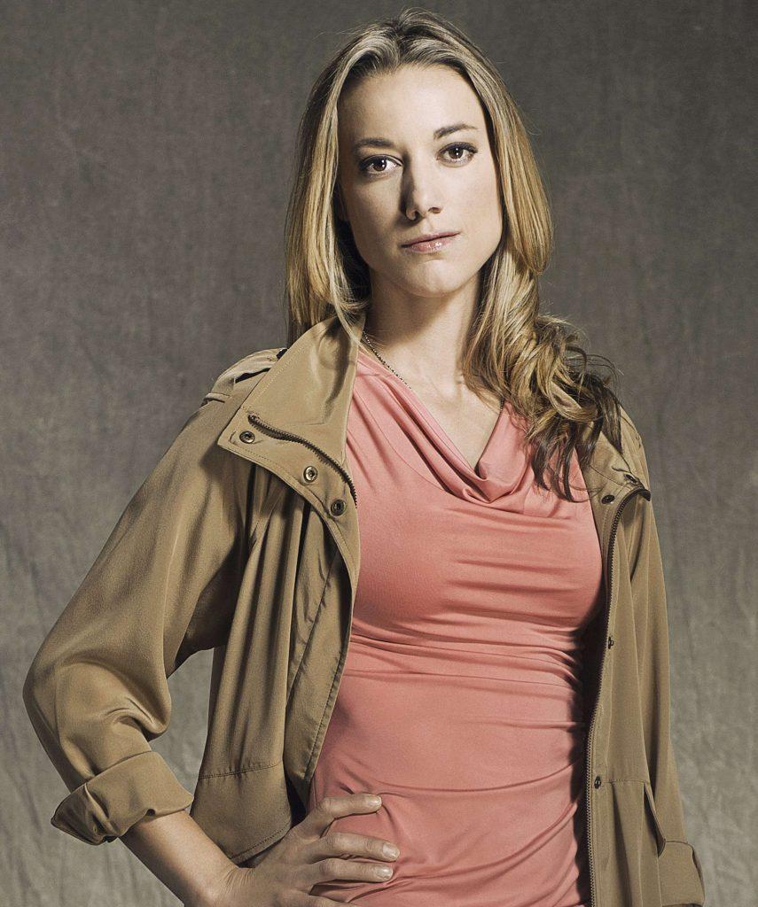 Zoie Palmer Bio