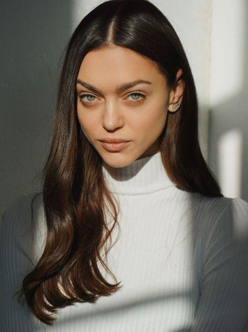 Zhenya Katava Biography